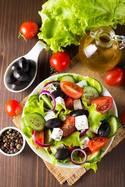 Fresh greek salad Premium Photo