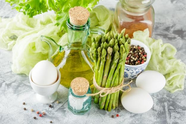 Fresh green asparagus Premium Photo