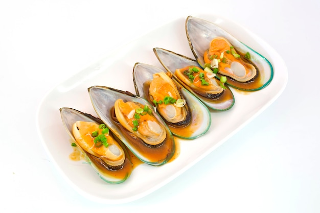 Fresh mussels for grill isolate on white background Premium Photo