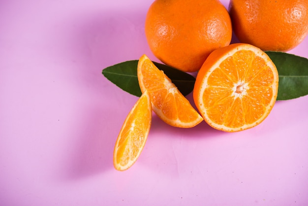 Fresh orange with orange slice Free Photo
