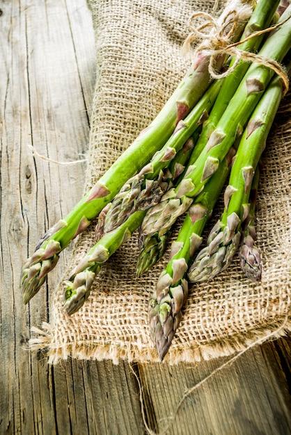 Fresh organic farm asparagus Premium Photo
