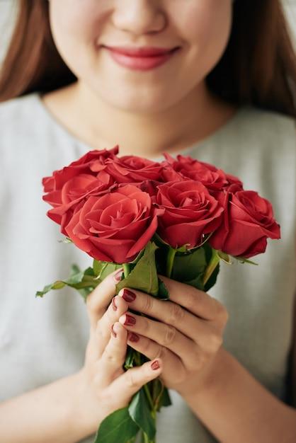 Fresh roses Free Photo