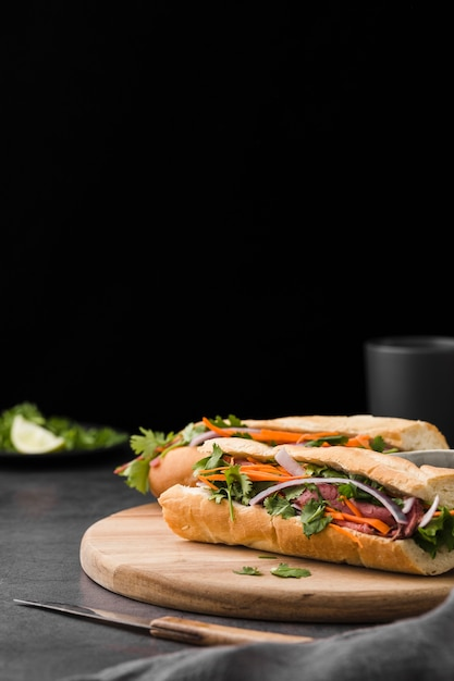 Fresh sandwich with vegetables and copy space Free Photo