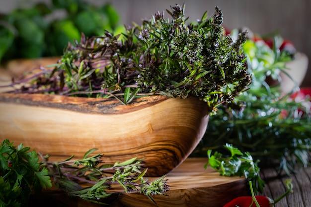 Fresh thyme Premium Photo