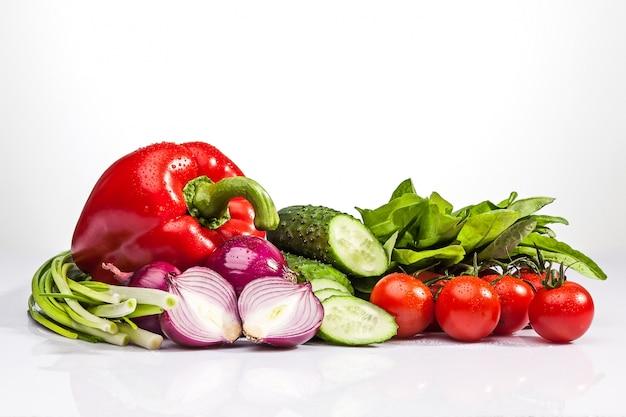 샐러드를위한 신선한 야채 무료 사진