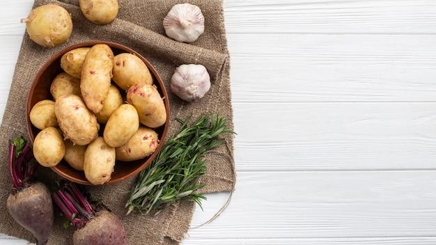 Свежие овощи на столе Бесплатные Фотографии
