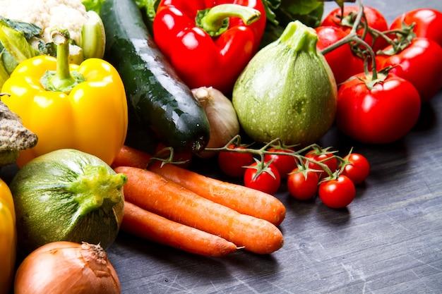 Fresh vegetables on wood Premium Photo