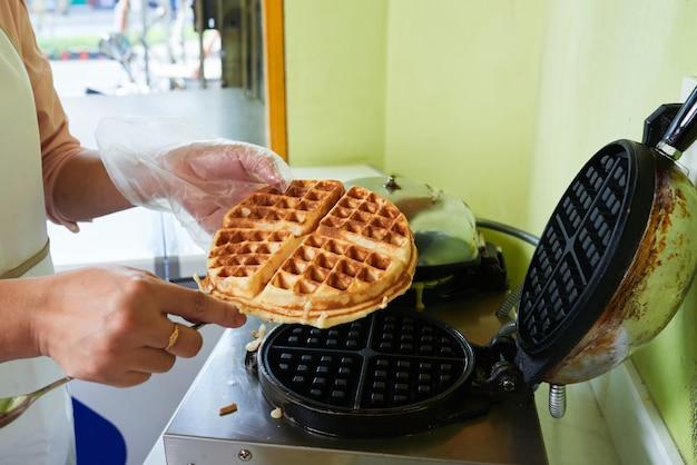 Fresh waffle Free Photo