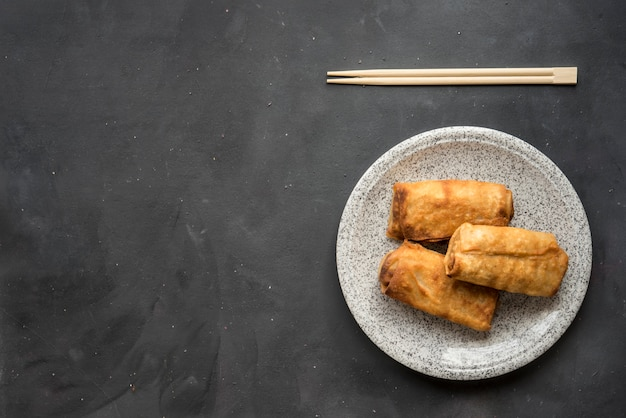 Fried chinese traditional spring rolls food Premium Photo
