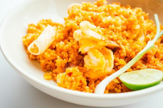 Жареный рис с морепродуктами Бесплатные Фотографии