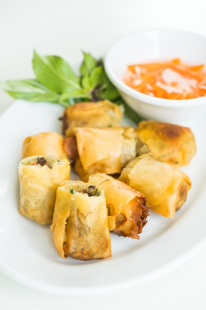 Fried spring roll Free Photo