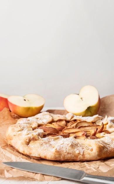 Вид спереди яблочный пирог копией пространства Бесплатные Фотографии