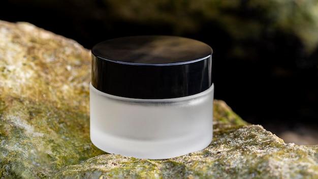스킨 케어 크림의 전면보기 구색 무료 사진
