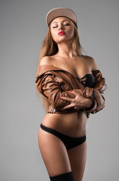 Pouting hot girls Top 15
