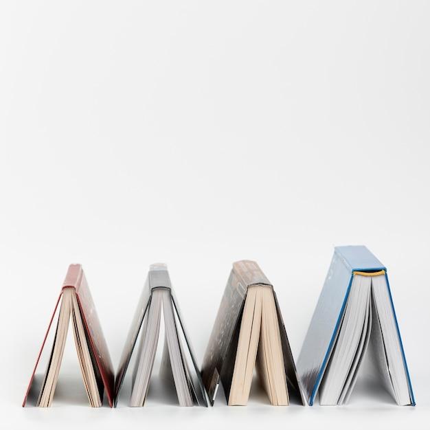 Libri di vista frontale sottosopra Foto Gratuite