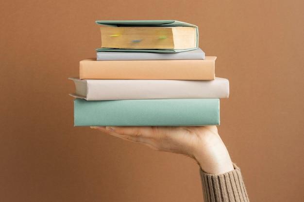 다른 책으로 전면보기 구성 무료 사진