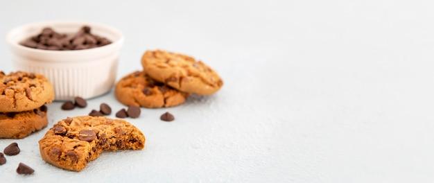 I biscotti di vista frontale copiano lo spazio Foto Gratuite