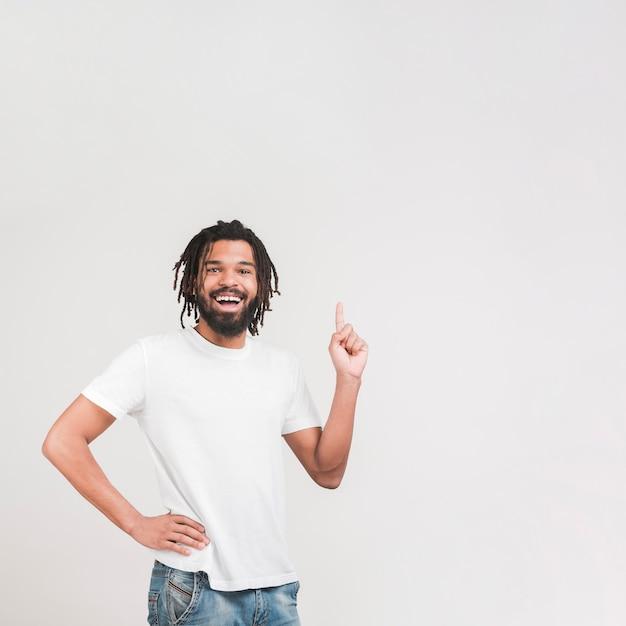 Вид спереди счастливый человек, стоящий Бесплатные Фотографии