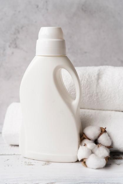 Моющее средство для макета спереди Premium Фотографии