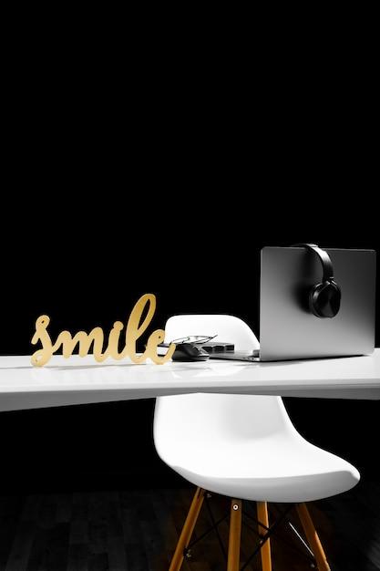Вид спереди концепции стола с копией пространства Бесплатные Фотографии