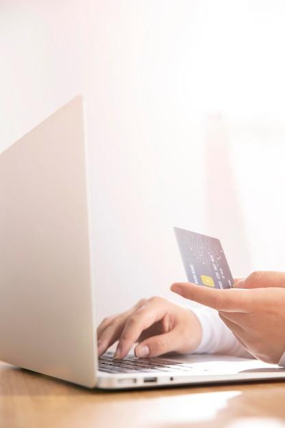 온라인 쇼핑 개념의 전면 모습 무료 사진
