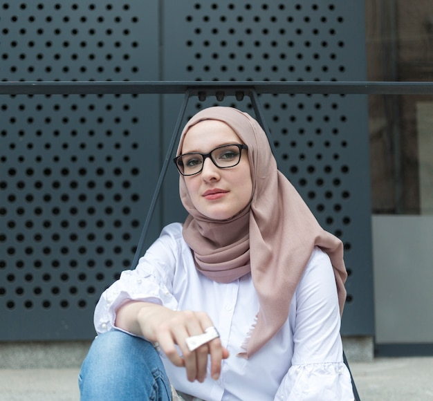 Front view of woman wearing hijab Free Photo