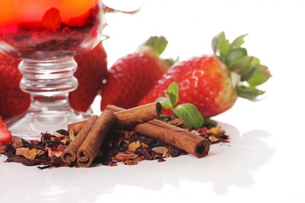 Fruit tea with strawberry Free Photo