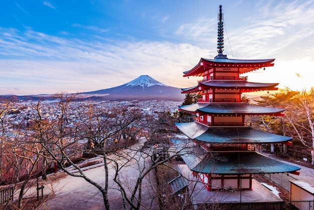Fuji mountain.chureito pagoda temple,japan Premium Photo