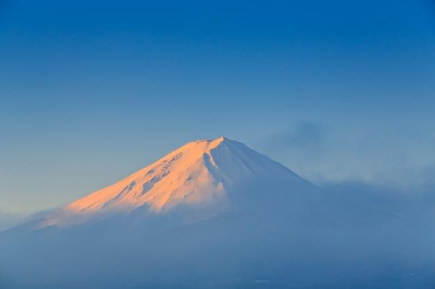 Fuji mountain with morning light Premium Photo