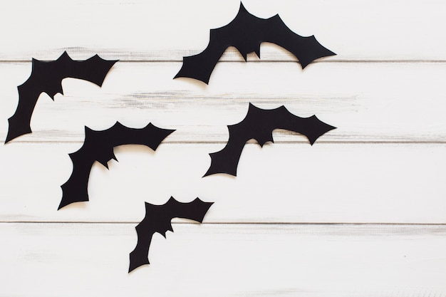 Funny paper bats for halloween Free Photo