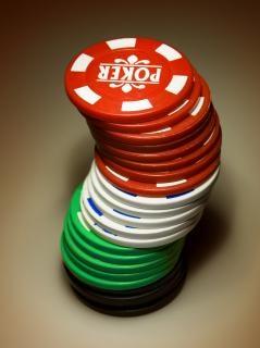 Hone your skills with American Poker II™ !