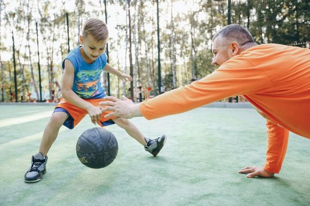 Game adult summertime parent boy Free Photo