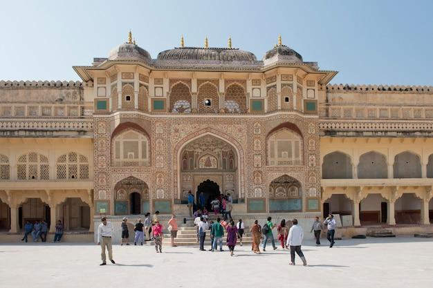 Ganesh gate at amber fort near jaipur Premium Photo