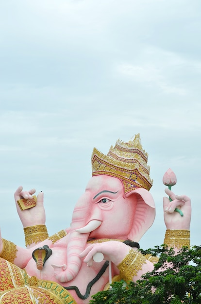 Ganesha statue in thailand Premium Photo