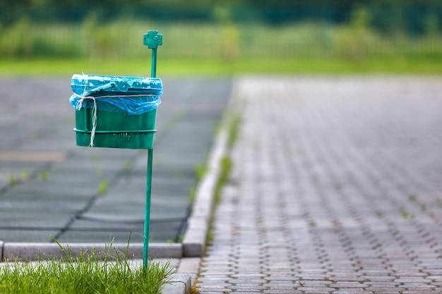 Garbage bin outdoor Premium Photo