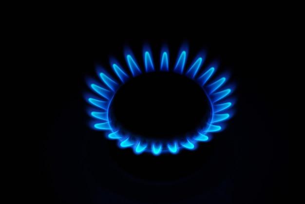 Газ на темном Premium Фотографии