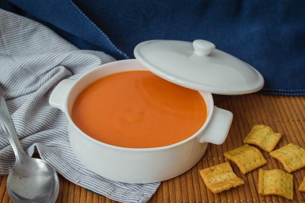 Gazpacho.tomato cold soup in a white casserole Premium Photo
