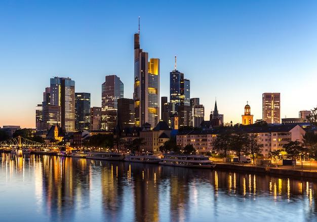 Germany frankfurt skyline Premium Photo