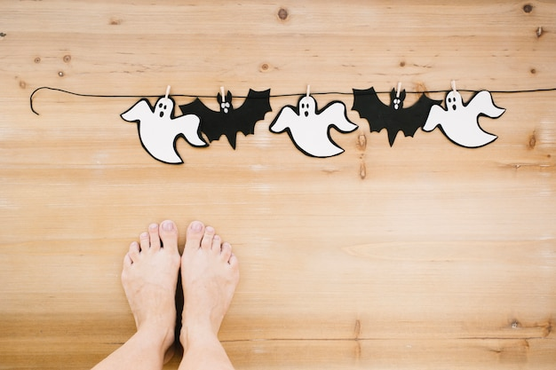 Ghosts and bats garland Free Photo
