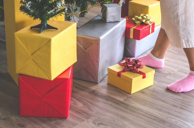 Gift box and christmas festival Premium Photo