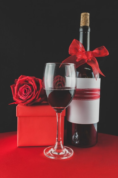 gifts for valentine with wine and roses free photo - Valentine Wine