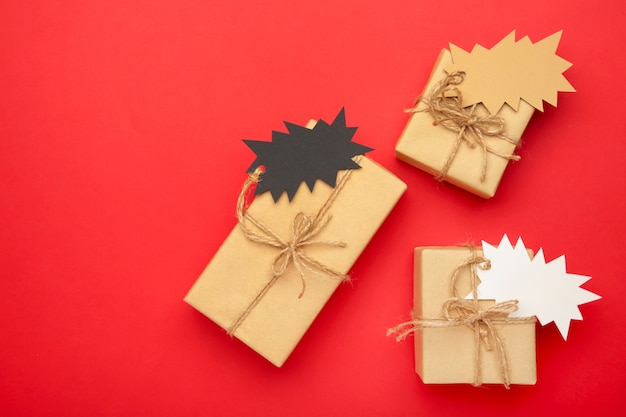 Gifts with sale tags top view Premium Photo