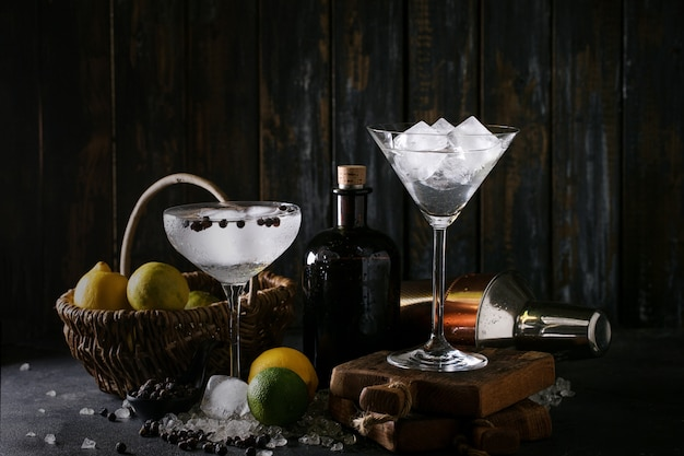 Gin and tonic drink Premium Photo