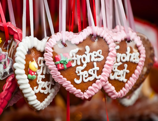 Gingerbread hearts Premium Photo