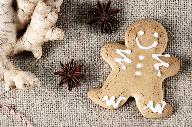 Gingerbread man  with the symbol of the christmas with ginger and anise Premium Photo
