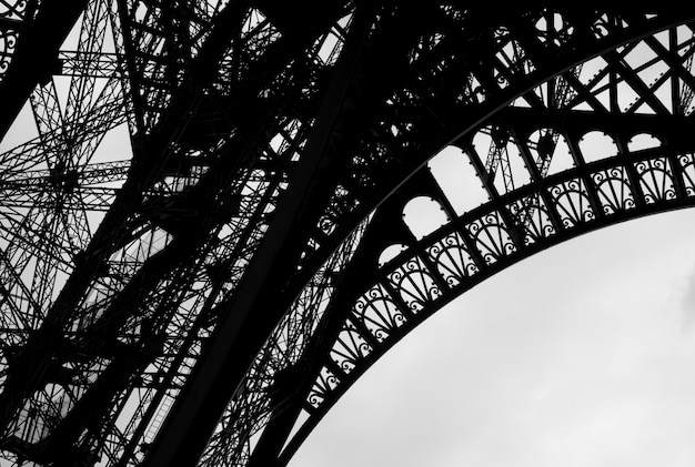 Girders of the eiffel tower in paris france Premium Photo