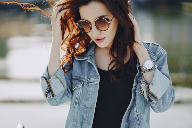 Girl in sunglasses Free Photo