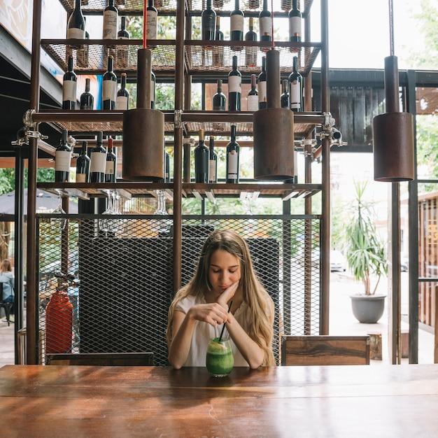 Girl thinking Free Photo