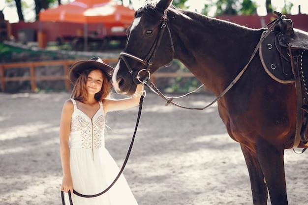 Девушка с каретой Бесплатные Фотографии