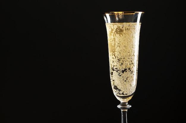 Glass of champagne Premium Photo